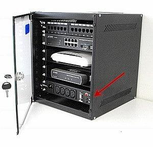 Immagine di Minipower 400 instalalto in armadio minirack 10